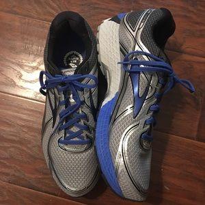 Brooks men's GTS-16 running shoes.